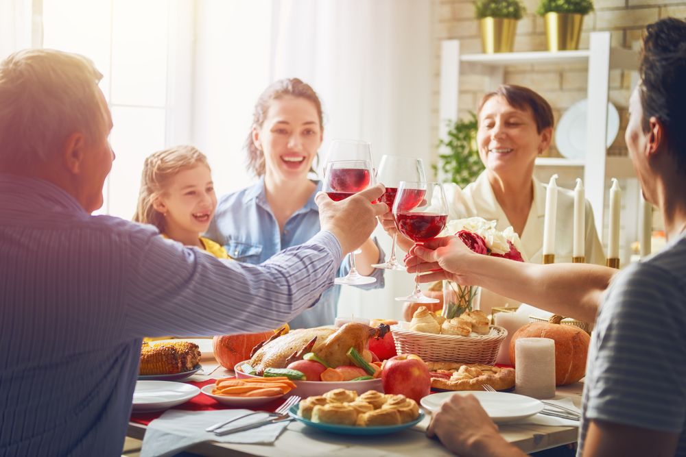 5 Holiday Hosting Tips
