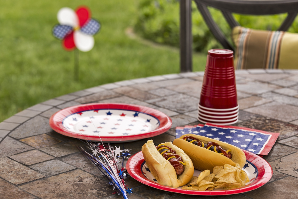 How to Throw the Best 4th of July Cookout with Kids